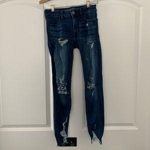 American Eagle Distressed High Rise Skinny Jean